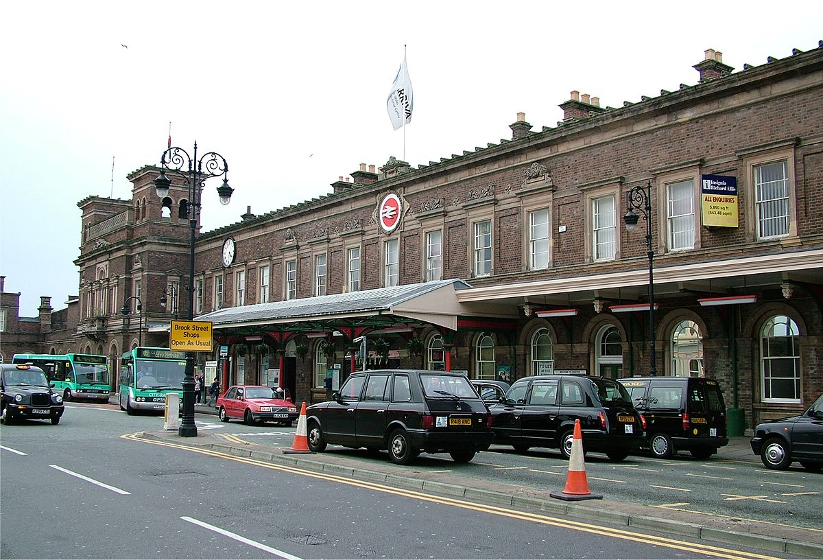 Guide to Chester Train Station and Railway Station - Chester Taxi Services