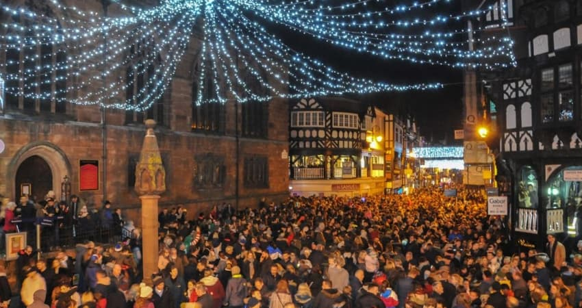 Chester Christmas Lights Switch On Parade - Road Closures & Parking Restictions - Chester Taxi Services