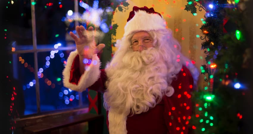 Meet Father Christmas in Cheshire - Chester Taxi Services